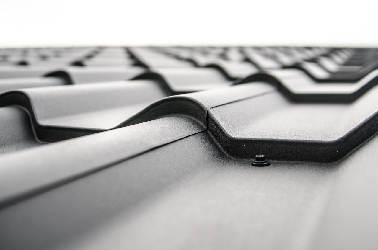 Лето — прекрасное время для обновления крыши