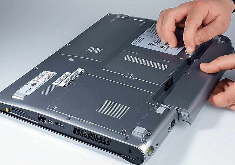 Замена батареи на ноутбуке