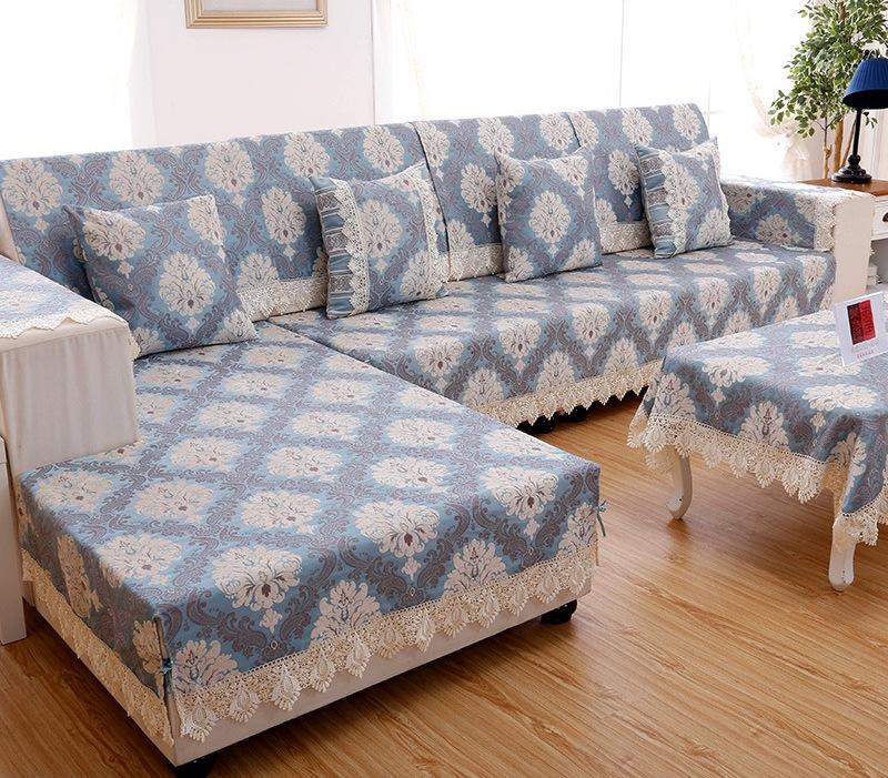Из какого натурального материала лучше выбрать чехол на мягкую мебель